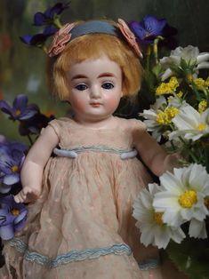 ---Beautiful darling little Kestner-------------------------------- - 青い船