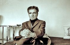 Emil Cioran Emil Cioran, Writers And Poets, Worlds Of Fun, Role Models, Philosophy, People, King, Critic, Moment