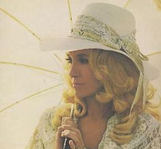 Tammy Wynette Video Playlist of her biggest hits
