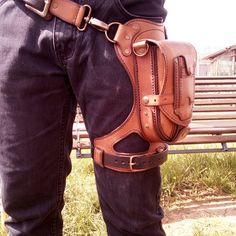 Tandy Leather, Leather And Lace, Leather Men, Leather Belt Pouch, Leather Backpack, Leather Bags Handmade, Leather Craft, Thigh Bag, Leather Projects