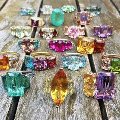 A flock of gemstone delights from @janetaylorjewelry! I could stare at this all day. Soutce:instagram