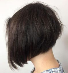 The Full Stack: 50 Hottest Stacked Haircuts Stacked Bob For Thin Hair Short Stacked Bob Haircuts, Short Stacked Bobs, Stacked Bob Hairstyles, Medium Bob Hairstyles, Haircuts For Fine Hair, Angled Bobs, Inverted Bob, Pixie Haircuts, Layered Bobs