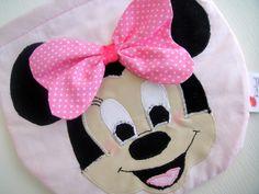 Minnie Mouse Çanta  facebook.com/gelinciktasarimnet sayfasında bu ve benzer tasarımları inceleyip sipariş verebilirsiniz...
