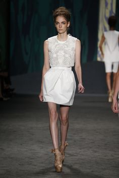Vera Wang RTW Spring 2013 - Runway, Fashion Week, Reviews and Slideshows - WWD.com