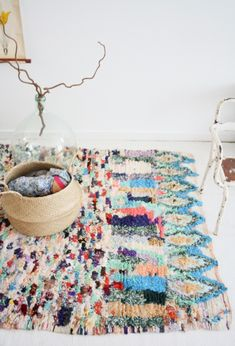 "If only I could have this one for my new place! Tapis Berbere dit tapis tableau ""Boucherouite"" Rug — LES PETITS BOHEMES. www.mycraftwork.com"