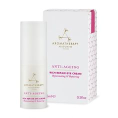 romatherapy Associates Anti-Ageing Rich Repair Eye Cream is a replenishing and plumping eye cream that helps promote skin suppleness, helping to reduce the appearance of fine lines. Shea butter, rose wax, baobab and arctic strawberry replenish the moisture barrier, leaving your eye area looking plump and radiant.