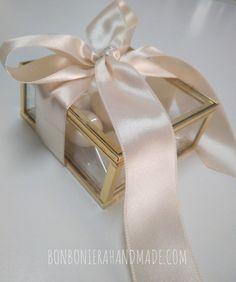 Wedding Candy, Wedding Favors, Wedding Decorations, Wedding Invitations, Dessert Packaging, Decoupage Box, Vintage Candles, Wedding Arrangements, Favor Boxes