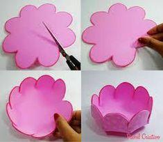 Bildergebnis für enfeites em eva do mickey Kids Crafts, Foam Crafts, Easter Crafts, Christmas Crafts, Diy And Crafts, Diy Y Manualidades, Giant Paper Flowers, Minnie Mouse Party, Spring Crafts
