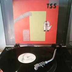#nowplaying #thesecretstars #tss #1995 #shrimperrecords #geofffarina #jodibuonanno #johngolden #nowspinning #musiconvinyl #vinylcommunity #vinylporn #recordcollection #vinyl #vinilos #recordporn #discogs #discos #instavinyl #vinylrecords #vinylcollection #vinyljunkie #vinyllife #vinylcollection #vinylgram #discoteca #colecciondediscos  #12inch #33rpm by julianiturri