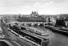 A reverse view of the previous image of Paris—looking back toward the Ile de la Cité from across the Seine, circa Note the same statue of Henry IV at center right. Architectural Photographers, Great Photographers, Mega Series, Chrysler Museum, Eugene Atget, Cultural Capital, Paris Images, Old Paris, Paris Look