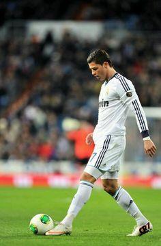 Ronaldo, no. 7 in his team shirt of Real Madrid.