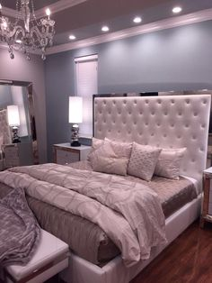 Fancy Bedroom, Room Design Bedroom, Stylish Bedroom, Room Ideas Bedroom, Home Bedroom, Luxury Rooms, Luxurious Bedrooms, Decor Home Living Room, Bedroom Decor For Teen Girls
