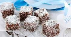 This tiny take on a true blue classic is perfect for Australia Day - Mini Lamington bites Mini Desserts, Delicious Desserts, Delish Cakes, Aussie Food, How To Make Icing, Sweets Recipes, Oven Recipes, Party Recipes, Baking Recipes