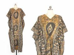 Vintage Caftan Dress -- 70s Kaftan -- Maxi Length Bohemian Batik Ethnic Hippie Caftan -- Earthy Colors -- Cotton -- Womens L / Free Size by ImprovGoods on Etsy