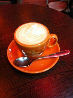 Ausztrál dió kávé Coffee Culture, Budapest, Houses, Tableware, Homes, Dinnerware, Tablewares, House, Place Settings