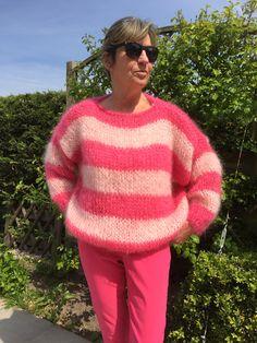 Bestel nu uw handgebreide Pull of breipakket met handleiding Hand Knitted Sweaters, Mohair Sweater, Men Sweater, Fall Trends, Baby Alpaca, Hand Knitting, Knitwear, Street Style, Couture
