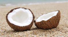 Tutto quello che vi serve sapere per mangiare il cocco: dall'apertura alle ricette