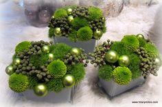 green holiday arrangement inspiration