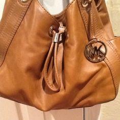 Michael Kors Hobo Bag ... I need this!