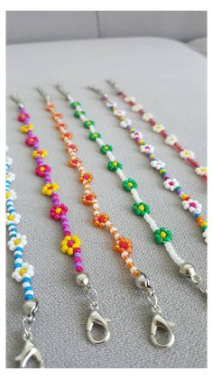 Daisy Necklace, Seed Bead Necklace, Seed Bead Jewelry, Bead Jewellery, Cute Jewelry, Diy Jewelry, Handmade Jewelry, Jewelry Design, Flower Jewelry