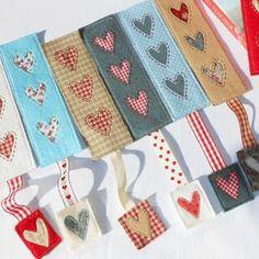 Celebration Candles (QAYG) Mug Rug Country Heart Bookmark Heart Bookmark, Bookmark Craft, Diy Bookmarks, Bookmark Ideas, Ribbon Bookmarks, Kids Crafts, Felt Crafts, Fabric Crafts, Mug Rug Patterns