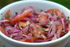 Onion with tomato sauce - Salsa de cebolla con tomate