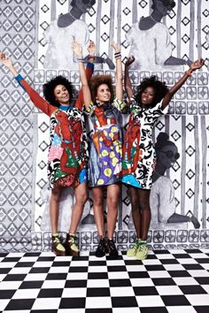 afriversal:    I love love love!!  Tata Naka's African Inspired A/W 2012 Collection that they revealed at London Fashion Week is FIRE!!!  Those Shoes… Awesome :D  Read review and view more pieces on Afriversal:http://www.afriversal.com/2012/02/tata-nakas-african-inspired-aw-2012-collection-at-london-fashion-week/