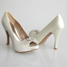 Allure CURVE Shoe, $60. Shop New York Dress at NewYorkDress.com or follow our blog at www.NewYorkDress.com/blog. #fashion #party #prom #nyc #gowns #accessories #promdresses #weddingdresses #eveninggowns #white #bridal