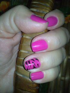 Post do dia: Nail art - Penélope tigresa.