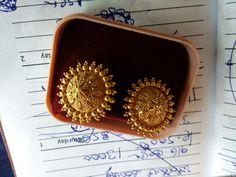 Gold Bar Earrings, Buy Earrings, Jewelry Design Earrings, Gold Earrings Designs, Gold Jewellery Design, Gold Necklace, Antique Jewellery Designs, Gold Ring Designs, Gold Jewelry Simple