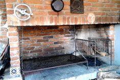 Outdoor Garden Bar, Outdoor Kitchen Patio, Outdoor Oven, Outdoor Decor, Parrilla Interior, Brick Bbq, Bbq Area, Grill Design, Fire Pit Backyard