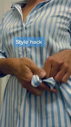 Diy Clothes Life Hacks, Clothing Hacks, Casual Outfits, Cute Outfits, Fashion Outfits, Diy Fashion Hacks, Fashion Tips, How To Wear Scarves, Useful Life Hacks
