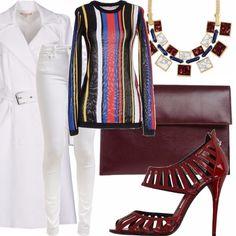 Jeans in denim bianco modello skinny, maglia a righe verticali multicolor, collana con pietre quadrate multicolore, soprabito bianco con cintura in vita, sandalo a gabbia con tacco a spillo, borsa a bustina in pelle.