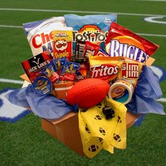 Our Touchdown Game Day Snacks Care Package will be the hit of the day. This unique mans-man gift pack includes a festive yellow foul flag, nerf football, half time whistle and an abundance of game tim Send Gift Basket, Valentine Gift Baskets, Valentine's Day Gift Baskets, Gift Hampers, Valentine Gifts, Theme Baskets, Raffle Baskets, Get Well Baskets, Secret Sister Gifts