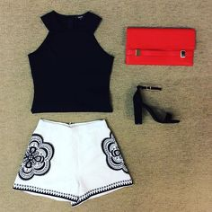 WEBSTA @ effiesinc - This #Lookoftheday is white hot with a pop of color! Our sweet floral embroidered shorts with popping pomegranate clutch is just what you need! #flowerpower #funinthesun #cominginclutch #soEffies