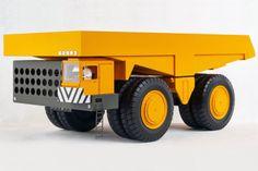 1973 | BelAZ ( 115 tons ) | Scale 1:100 | Design by Valentin Kobylisky (  Валентин Кобылинский ) | Source