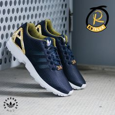 """@adidas #zxflux #zxfluxw #gold  Adidas - Zx Flux W """"Turqoise"""" - The Adidas ZX Flux W is a popular model and the hype continues with this dark colorway. The polyester like upper has added dots and a plastic heelcage. The heelcage provides extra support and good looks of course.  Now online available 