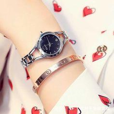 Szemrevaló divatos Kimio női karóra. Az óraszíj és óratok ezüst, a számlap fekete színű. Love Bracelets, Cartier Love Bracelet, Bangles, Jewelry, Fashion, Bracelets, Moda, Jewlery, Jewerly