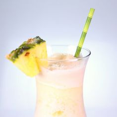280 calories Light Pina Clintada by Clinton Kelly It used to be 680 calories! Use a diet Sprite for even less.