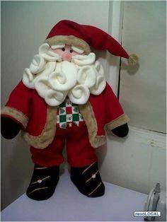 muñecos navideños pinterest - Buscar con Google Christmas 2016, Felt Christmas, Christmas Projects, Christmas Ornaments, Merry Chritsmas, Christmas Chair Covers, Christmas Fabric, Felt Dolls, Craft Sale