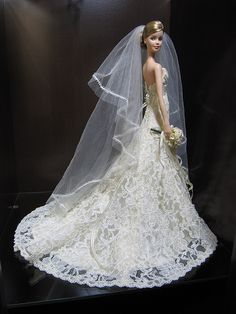 Looking for Collectible Barbie Dolls? Shop the best assortment of rare Barbie dolls and accessories for collectors right now at the official Barbie website! Barbie Bridal, Barbie Wedding Dress, Wedding Doll, Barbie Gowns, Barbie Dress, Barbie Clothes, Wedding Dresses, Barbie E Ken, Reborn Toddler Girl