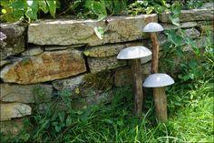DIY Beton, Beton selbermachen, basteln mit Beton, DIY-Pilze aus Beton, Beton-Pilze, Beton DIY Gartengestaltung. Biene Brändle, DIY-Geschenkidee, Kreativ-Beton, Glückspilze selber machen, Schale aus Beton selber machen