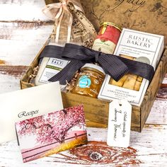 Explore the flavors of Paris with this French inspired gourmet trunk. From French grey sea salt to black currant dijon mustard and peach & lavender preserves, you'll have the makings of multiple gourm