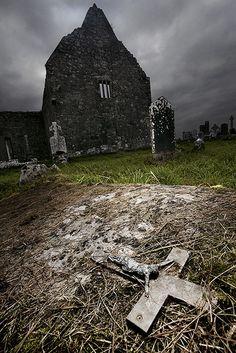 Irish Graveyard.Allround Kinvara area, west Ireland. Historical graveyard. ::By klab74::
