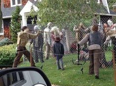 25 Halloween Outdoor Decorations That Will Definitely Make The Neighbors Scream    Viralscape