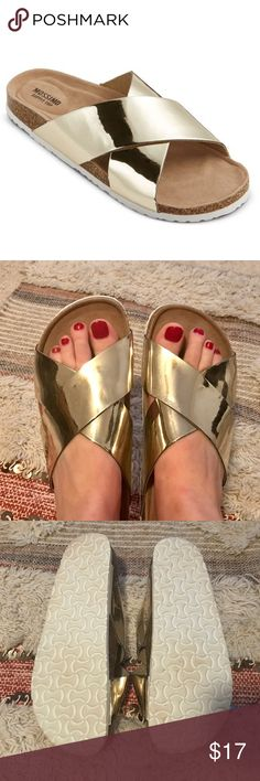 Gold Mossimo Footbed Sandal Gold Mossimo Footbed Sandal. Worn only once. The size is not marked on the shoe, but they are size 7 (they only come in whole sizes). Shoes Sandals