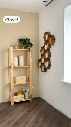 Diy Upcycled Decor, Macrame, Bookcase, Diy Projects, Shelves, Crafty, Type, Room, Home Decor