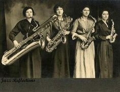 The Darling Saxophone Four (also spelled Darling Saxaphone Four) were an… Bass Saxophone, Saxophone Quartet, Saxophone Players, Trombone, Cello, Baritone Sax, Vintage Photographs, Vintage Photos, Vintage Saxophones