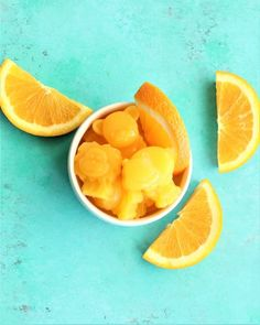 This vitamin c packed treat is so easy to make and fun for the kiddos! It takes just 3 ingredients to make and you have the option of making it vegan. Healthy Candy, Healthy Snacks For Kids, Healthy Recipes, Easy Recipes, Easy Toddler Meals, Easy Meals, Hidden Veggies, 2000 Calories, Homemade Candies