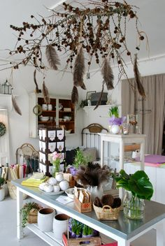Vita Ranunkler, beautiful shop, maybe I'll get to work in a shop like this again.